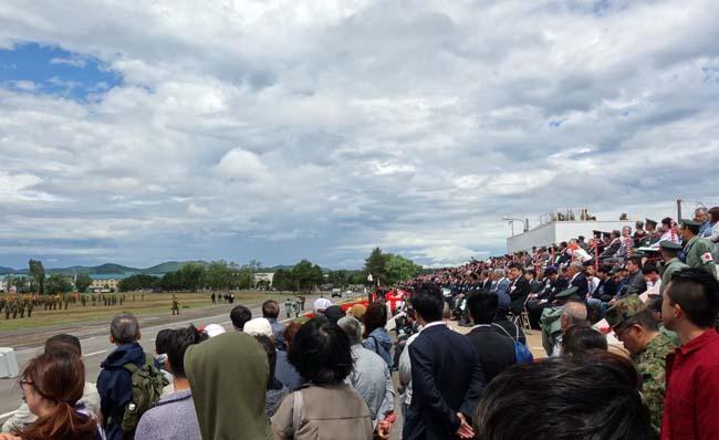 目の前で繰り広げられる戦闘!第2師団創立69周年・旭川駐屯地開設67周年創立記念(陸上自衛隊)行進&訓練展示