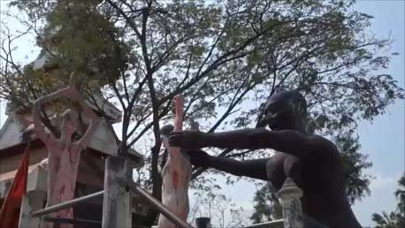 【タイ恐怖の地獄寺】日本ではここまで地獄を表現した数々の像を見たことはない!ワットパイロンウアへのGRABを使った効率的な行き方[Wat Phai Rong Wua]