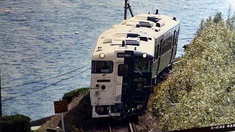 【全国回転寿司行脚 Sushi】鹿児島編で食べるべきは「鰹かつお」JR観光特急「指宿のたまて箱」車内で海を見ながら食べるべき