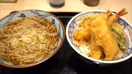 【仙台立ち食いそばチェーン名店】そばの神田~朝は380円の野菜かき揚げぶっかけそばと温かい肉蕎麦で東北上陸後の初めし