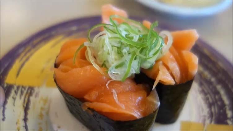 【全国回転寿司行脚北海道Sushi】北見に2店舗だけ存在するローカル回転寿司 くるくる寿司 柏陽店 海苔が最高に美味しい