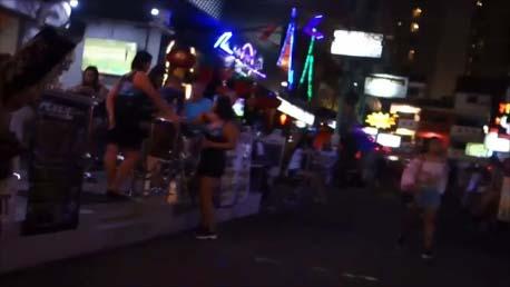 【タイパタヤ】LKメトロと呼ばれるウォーキングストリートではないゴーゴーバー密集地区のL字路地散歩