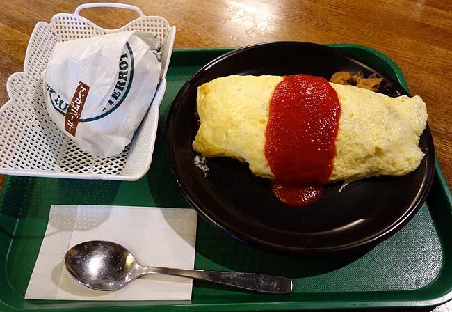 【函館ご当地バーガー】ラッキーピエロはハンバーガーだけじゃない!オムライスの美味しさボリューム安さは3拍子揃ってます(+トンカツバーガー)