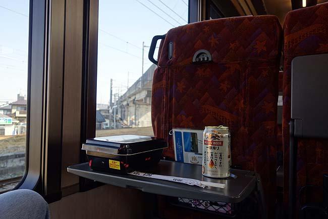JR指定席券だけで乗れる[リゾートみのり]牛タン食ってビール・日本酒呑みつつ車窓を眺めて最高だ♪