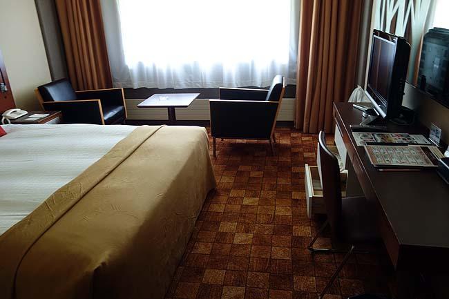 この高級ホテルに1泊2食バイキング付1人7000円でええの?【ニセコノーザンリゾート・アンヌプリ】北海道
