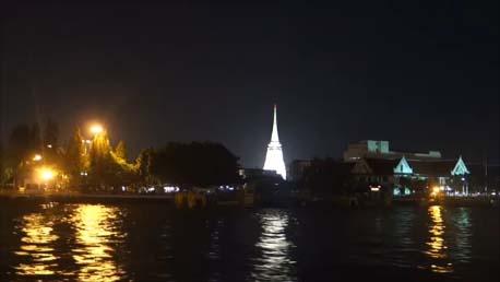 【タイバンコク旅】チャオプラヤ川のツーリストボートはわずか200円ちょっとで優雅なナイトクルーズが楽しめますよ♪
