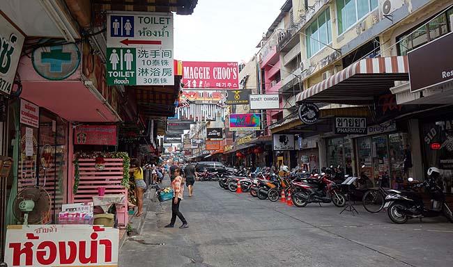 【タイ1人旅】8日間のパタヤ旅もこれにて最終日!Soi6(ソイ6)と呼ばれるバービアや置屋が乱立する地域を昼散歩