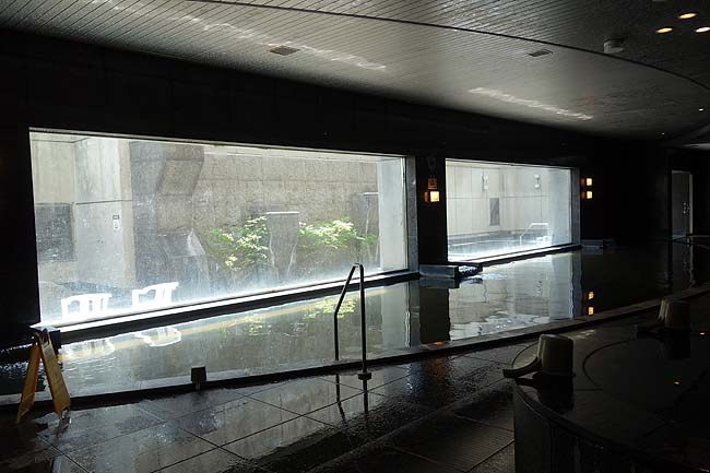 すすきの天然温泉 スパ サフロ(北海道札幌)楽天トラベル平日限定プランで税込み2000円以内で宿泊できるカプセルホテル