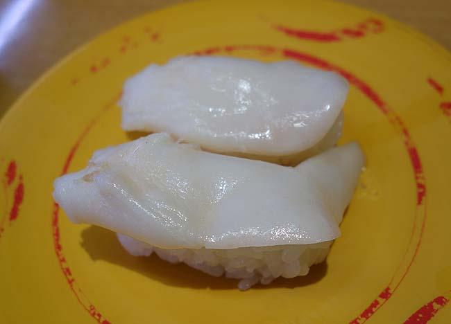 貧乏人なので北海道ローカル回転寿司に行けず約10年ぶりくらいの「スシロー」で爆食い