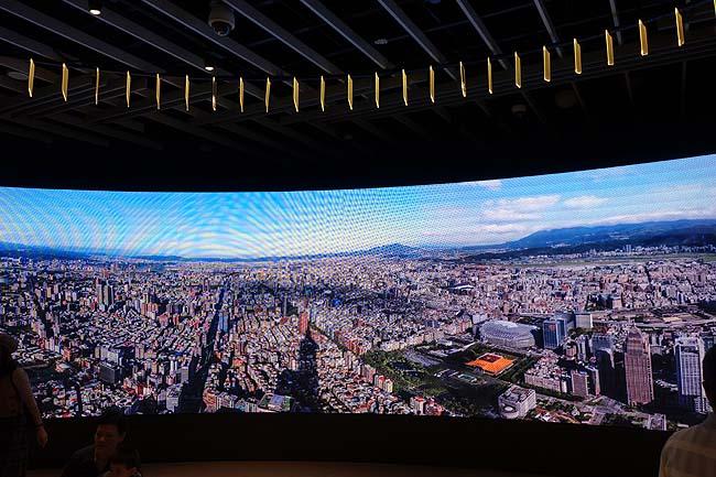 509mという高さはブルジュ・ハリファに抜かれるまでは世界一高いビルだった「台北101」(台湾)超高層ビル