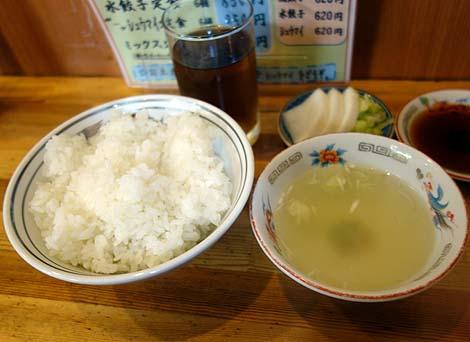 餃子・シュウマイ専門店 東亭(東京池袋)大衆系のお店なのになぜか敷居が高いのはなぜ?