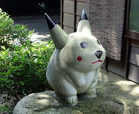ドラえもんとその仲間がいます!「富知六所淺間神社」(静岡富士)珍神社