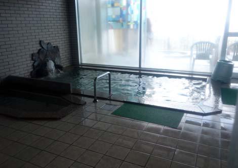 三陸海岸から太平洋を望むことができるホテルです「北三陸の宿 国民宿舎 えぼし荘」(岩手九戸郡)