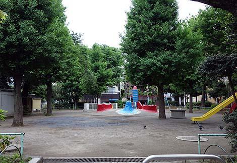 江戸橋公園 ロケット遊具(東京巣鴨)懐かしき公園遊具の世界