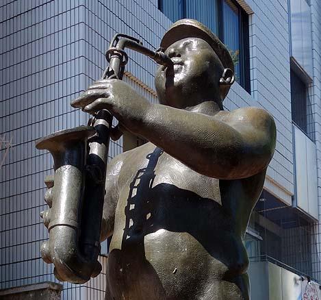 姫路の大通りにストリーキング現る!?「帽子を被ったら歩いてみよう」黒川晃彦(兵庫姫路)