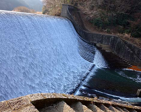 白水溜池堰堤[白水ダム](大分竹田)日本一美しいと言われるダム B級珍スポット