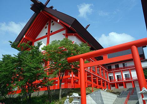 願望成就力が半端なくスケールのでかい規模の神社やのになぜかマイナーな存在「宝徳山稲荷神社」(新潟長岡)
