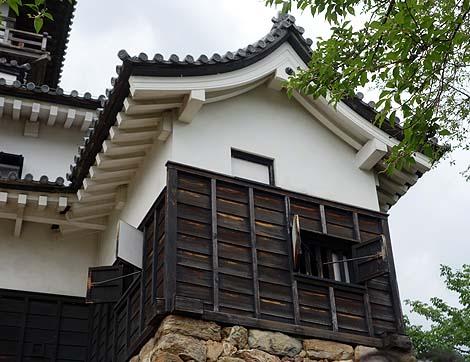 2004年までは個人所有であった国宝でもある現存天守「犬山城」(愛知犬山)