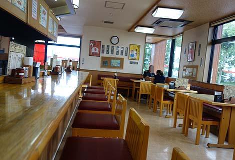 十勝豚丼 いっぴん 帯広本店(北海道)炭火の風味を活かしたぶ厚い豚肉!