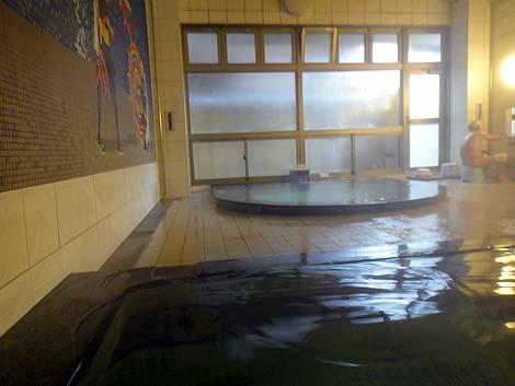 源泉100%かけ流し鳥取秀逸の共同浴場「岩井ゆかむり温泉共同浴場」(鳥取県岩美町)