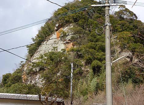 巨大な大黒天磨崖仏 龍源山功徳院(大分県由布市)B級珍スポット