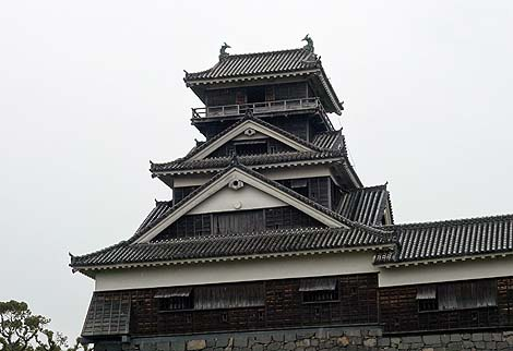 日本一かっこええ城は完璧な姿で修復してほしい 熊本城(熊本市)外観復元城