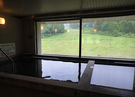 新潟の妙高山奥地にそびえ立つホテルの日帰り入浴「休暇村 妙高」(新潟妙高)