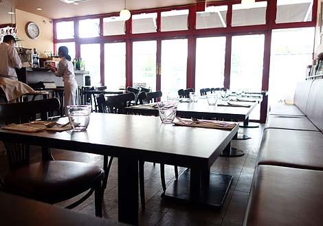 ビストロ モンマルトル[le Bistro Montmartre](沖縄那覇)1000円でいただける絶品フレンチランチ