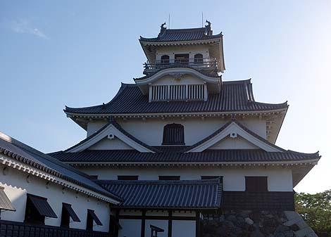 豊臣秀吉が初めて築城したのがこの城です「長浜城歴史博物館」(滋賀長浜)模擬城