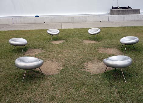 これ?カボチャなんか?現代アート美術要素がたっぷりの島「直島」(香川県)草間彌生作
