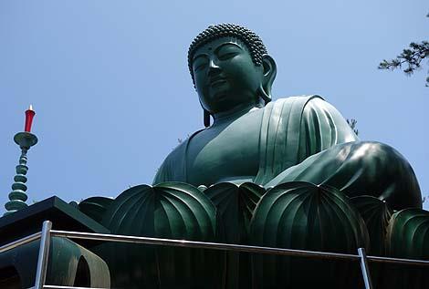 緑色の綺麗な大仏様「能登大仏(真和苑)」(石川穴水町)全国巨大像めぐり