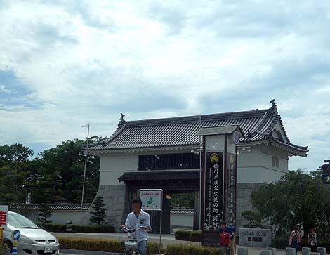 徳川家康の生地ですね♪外観はほぼ復元されています 「岡崎城」復興天守