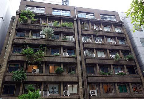 戦前建築のレトロマンション 奥野ビル[旧:銀座アパートメント](東京銀座)