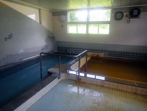 入浴料380円でサウナ付き!ボディーソープ、シャンプーもついてます「ピンネシリ温泉 ホテル望岳荘」(北海道中頓別)