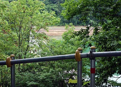 バットレスダムという珍しい形式のダム「笹流ダム」(北海道函館)