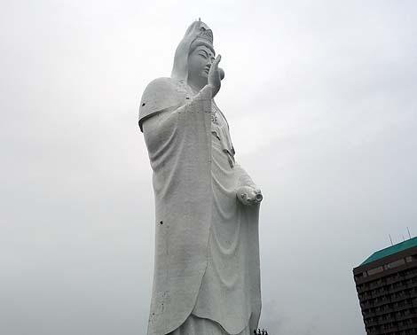 高さ100mの日本一!巨大観音様は凜々しかった!「仙台大観音 大観蜜寺」(宮城仙台)