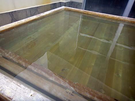 函館からすぐ近くの2種類の源泉を有するかけ流し銭湯「東前温泉 しんわの湯」(北海道北斗市)