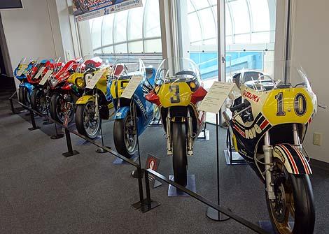 バイク放浪の旅の方は必見![車もですね]の無料施設「スズキ歴史館」(静岡浜松)