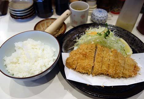 とんかつ とん太(東京高田馬場)食べログ豚カツ屋人気全国ナンバー3に入る有名行列店