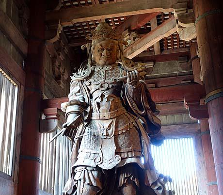 有無も言わさず、日本一の名大仏と名寺!(奈良東大寺)南大門の珍話も(^^;)