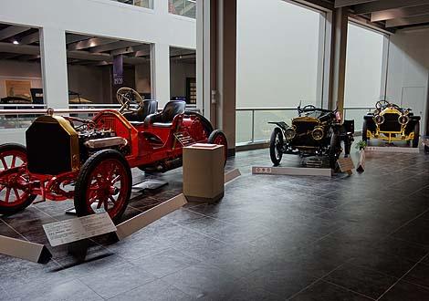 トヨタ車だけでなく、世界各国往年の名車が勢ぞろい!「トヨタ博物館」(愛知長久手)