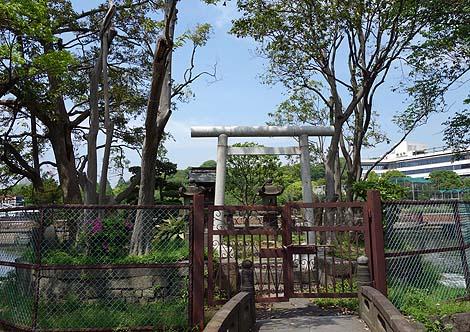 不忍池 聖天島 ひげ地蔵[別名:ち○ぽ地蔵](東京上野公園)B級珍スポット
