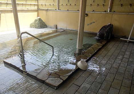 中伊豆にある休憩処がゆったりスペースの日帰り入浴「ホテルワイナリーヒル~縄文之御神湯」(静岡中伊豆温泉)