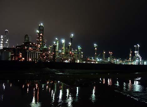 コンデジ片手の夜景撮影♪四日市工場地帯(三重県)工場夜景