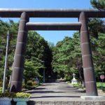 義経伝説は北海道にもあるのか?アイヌ民族と一緒に暮らした?「義経神社」(北海道平取町)